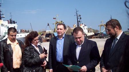 Рибарското пристанище в Созопол с регистрация 1