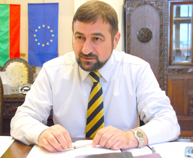 Гребенаров с благотворителна инициатива, вместо рожден ден 2