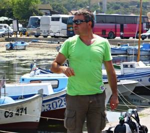 Световният шампион по дълбочинно спускане се гмурка в Созопол 1