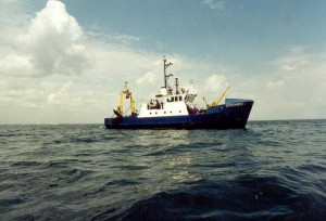 Румънски научно-изследователски кораб акостира в български води 6