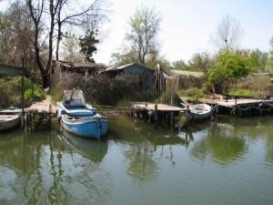 """Държавата """"почисти"""" Южното Черноморие от 20 рибарски колиби 1"""