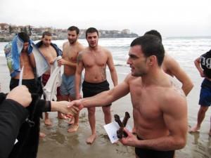 Двама младежи спасиха Светия кръст в Созопол 2