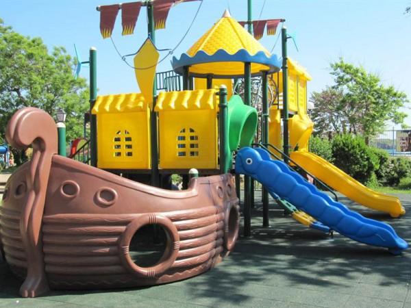 Уникална детска площадка за децата на Созопол на 1 юни 1