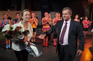 Созопол откри сезона със спектакъл на Нешка Робева [видео] 2