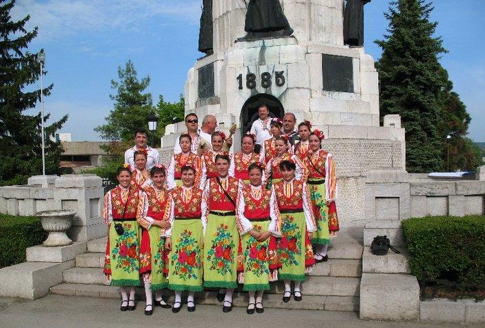 """Танцовият състав на Созопол взима участие на """"Песни и танци без граници"""" 1"""