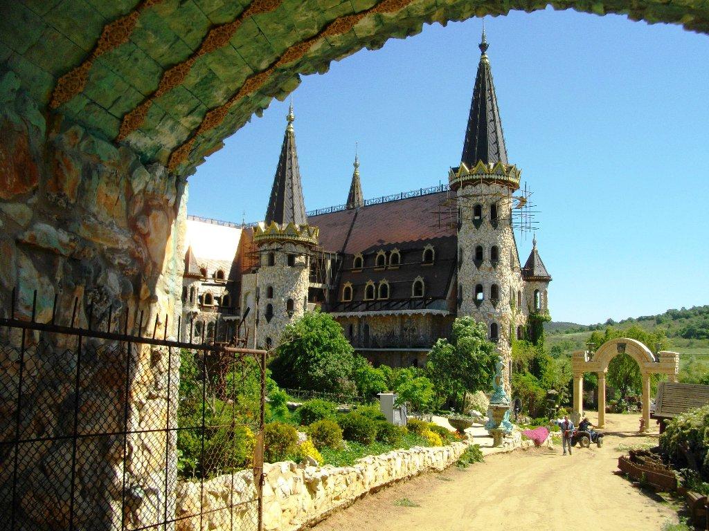 """Екип от """"Дискавъри"""" поиска да заснеме замъка край Равадиново 3"""