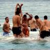Младежи спасиха Светия кръст в Созопол 4