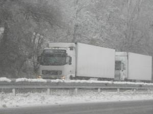 Забрана за автомобили над 30 тона по пътя Бургас – Царево 8