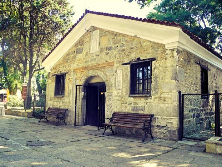 Храм Свети Зосим в градската градина - стария Созопол